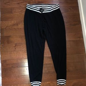EXPRESS black and white women joggers